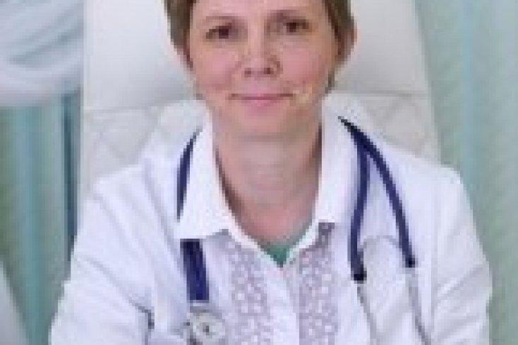 Юлия Борисовна Москвичева, к.м.н., врач-диетолог, терапевт Евразийской клиники EA CLINIC
