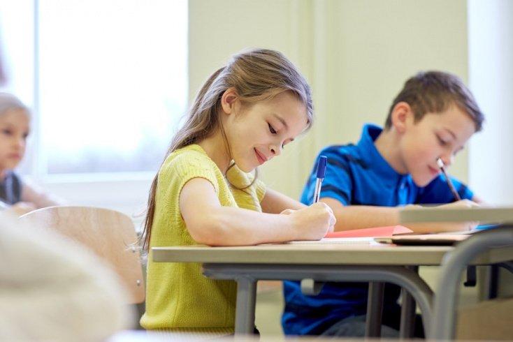Ребенок в новой школе — адаптация заново