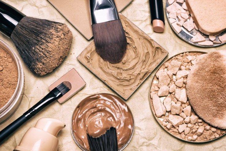 Тональный крем: не темнее кожи