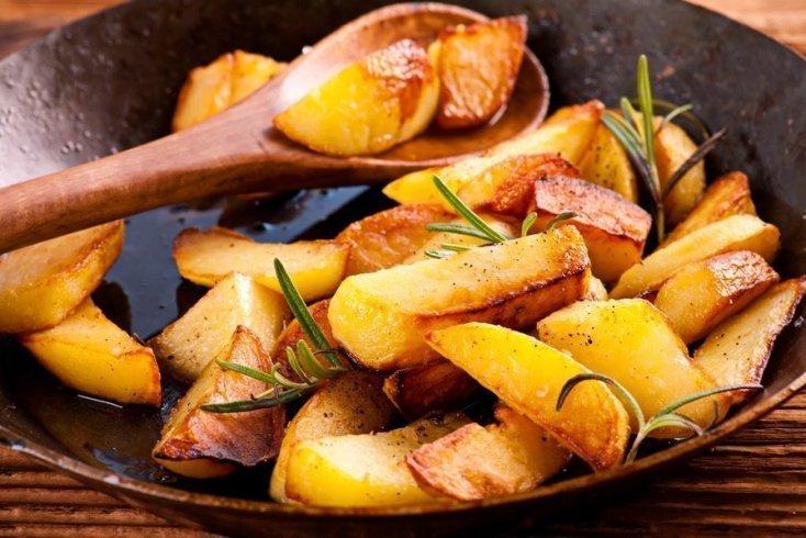 Идеальная жареная картошка Источник: racionika.ru