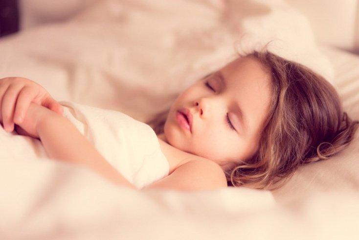 Дети старше одного года не просыпаются ночью