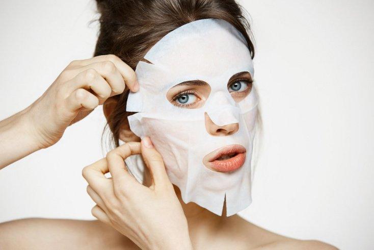 Использование популярных видов масок в уходе за кожей