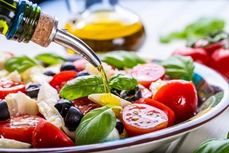 Полезные рецепты овощных салатов
