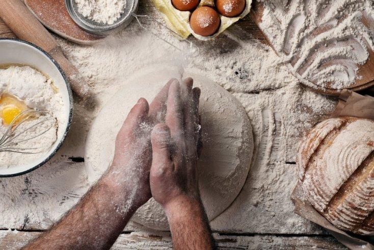Дрожжевое тесто для ленивых: удобно не только для Масленицы