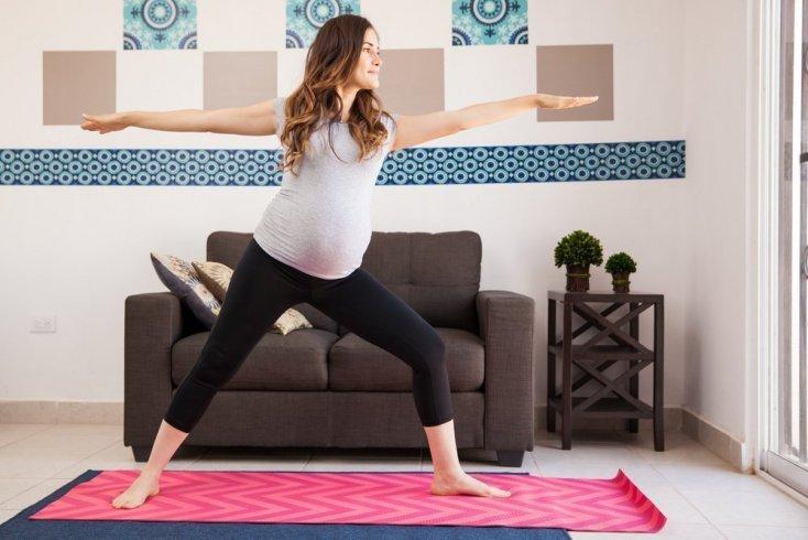 Утренняя зарядка в третьем триместре беременности