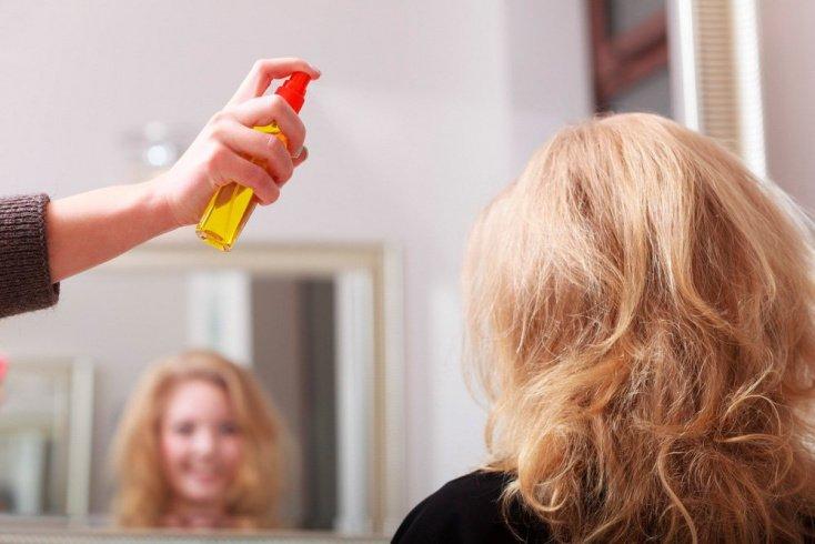 Магазинная косметика и аксессуары для блеска волос