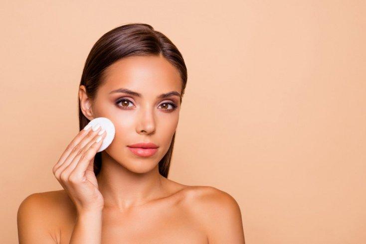 Жирная кожа: косметика с матирующим и антисептическим действием