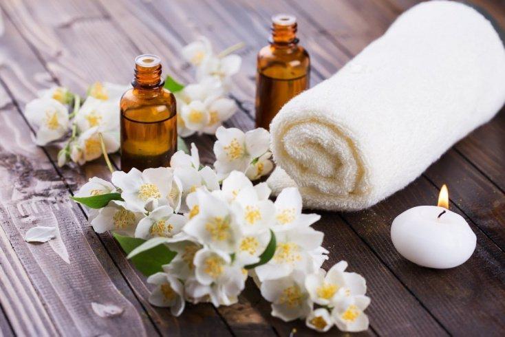 Преимущества эфирных масел для жирной кожи