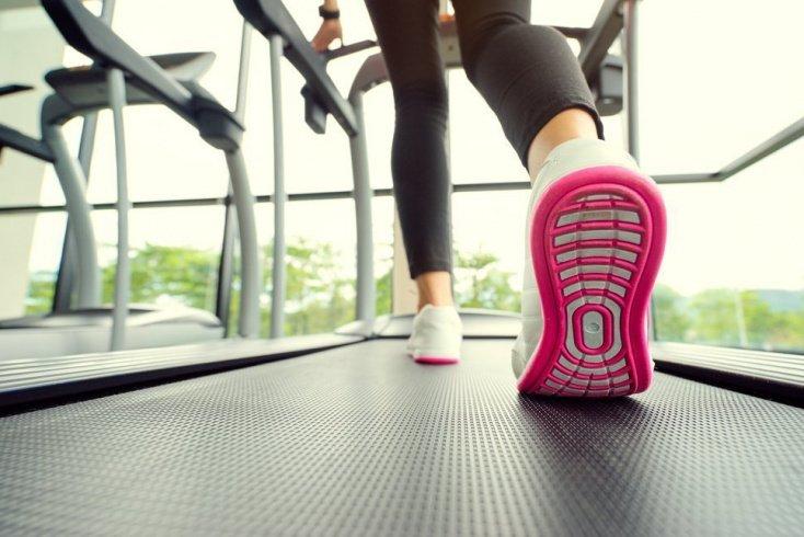 Полезные советы поклонникам здорового образа жизни при выборе идеальных кроссовок