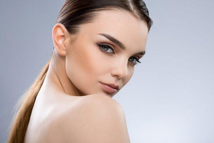 Как использовать гели для бровей в макияже