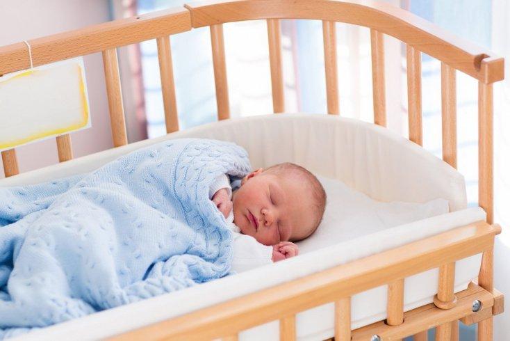 Миф №1: будить маленького ребенка вредно для здоровья
