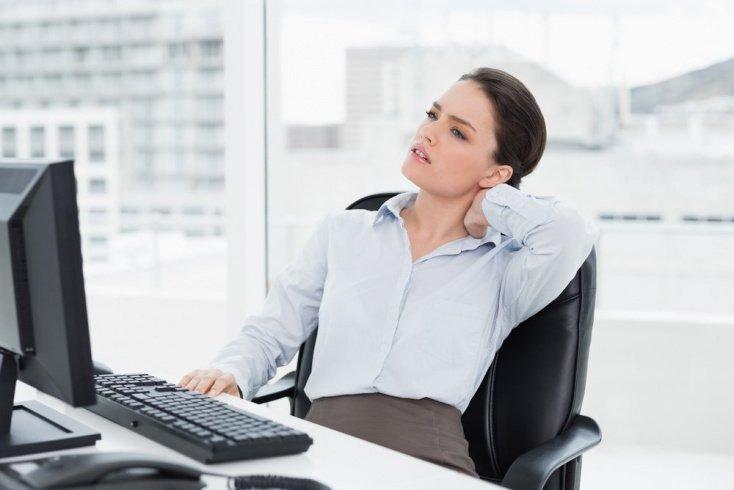 Причины боли в шее, основные симптомы возникновения грыжи и ее диагностика