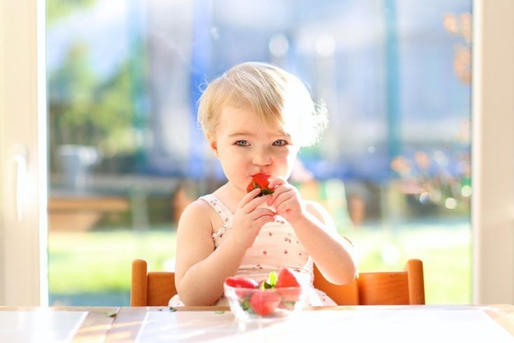 Когда и как вводить клубнику в питание ребенка?