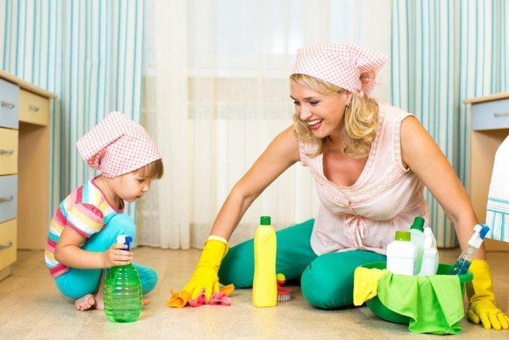 Миф 1: В доме, где живет малыш, уборка должна производиться с использованием антибактериальных средств