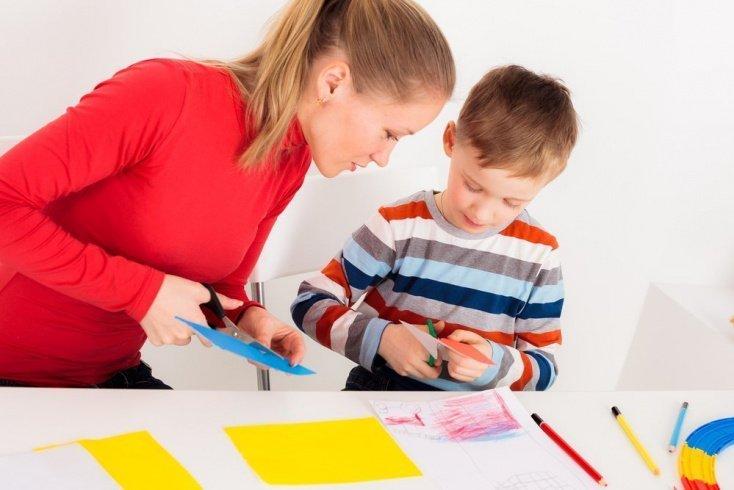 Аппликации с детьми: выбираем интересный сюжет для занятий