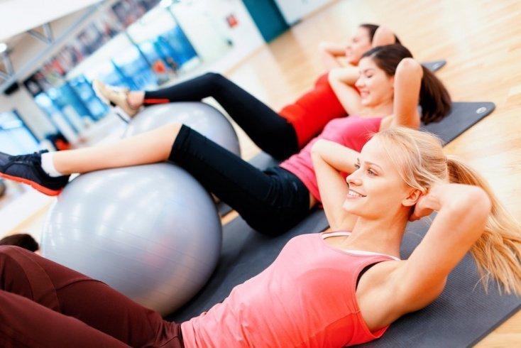 Тренировки для похудения с фитнес-болом