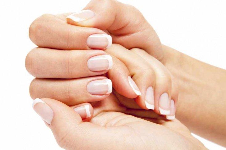 Крепкие ногти и ЗОЖ: жгучая маска от расслаивания