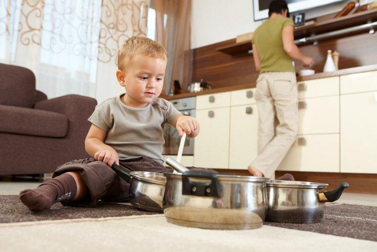Сравнивайте вместе с ребенком предметы друг с другом