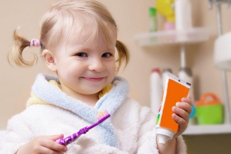 Зачем нужна зубная паста детям?