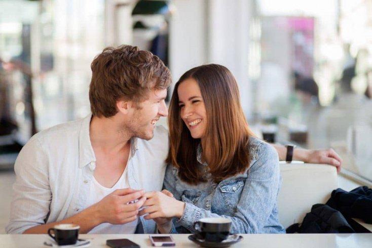 Возможна ли настоящая любовь с коллегой или начальником?
