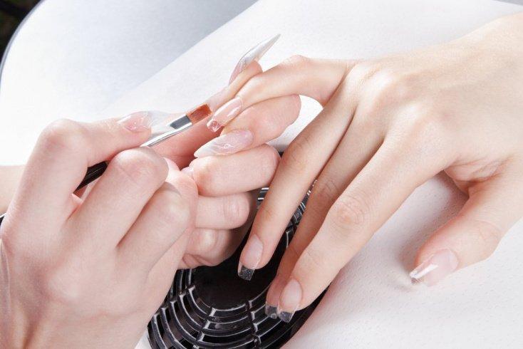 Материалы для наращивания красивых ногтей