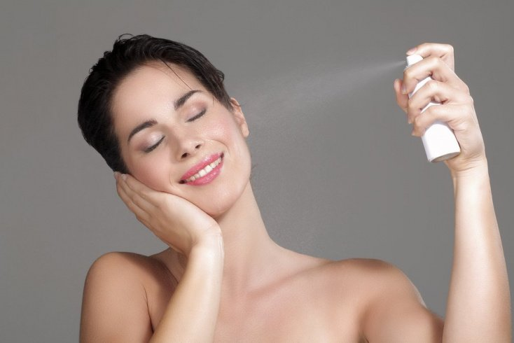 Термальная вода, чтобы макияж был стойким