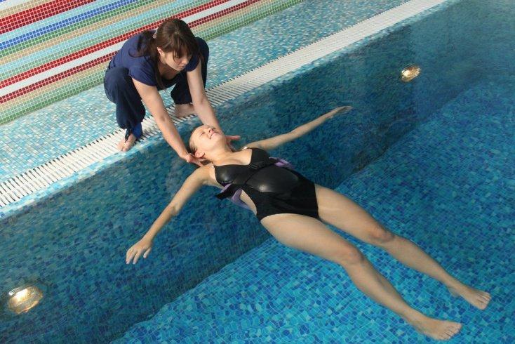 Как правильно организовать занятия фитнесом в воде