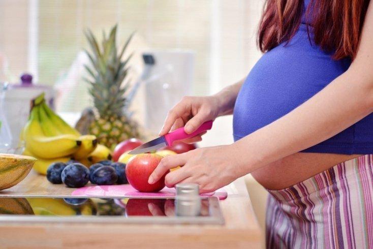 Выпадение волос у беременных: лечение в домашних условиях
