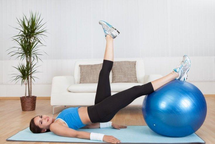 Комплекс фитнес-упражнений после кесарева сечения
