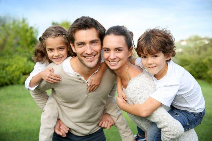 Группы родителей, практикующие условную и безусловную любовь к своим детям