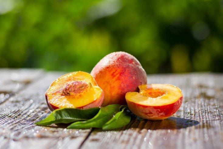Косточки фруктов: проглотить, разжевать или выбросить?