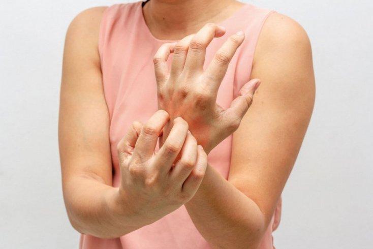 Симптомы лекарственного гепатита: желтуха, тошнота, зуд кожи