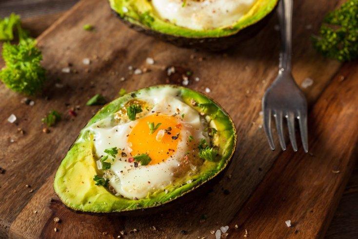 Перекус на каждый день: блюда из яиц и овощей