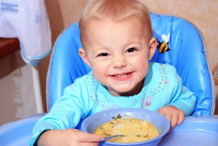 Питание ребенка: когда пора жевать?