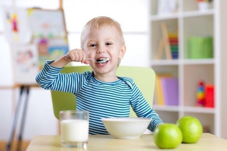 Как питаться летом детям постарше