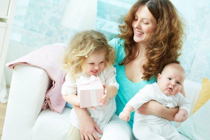 Бесконечные заботы о малышах: где найти время «на себя»?