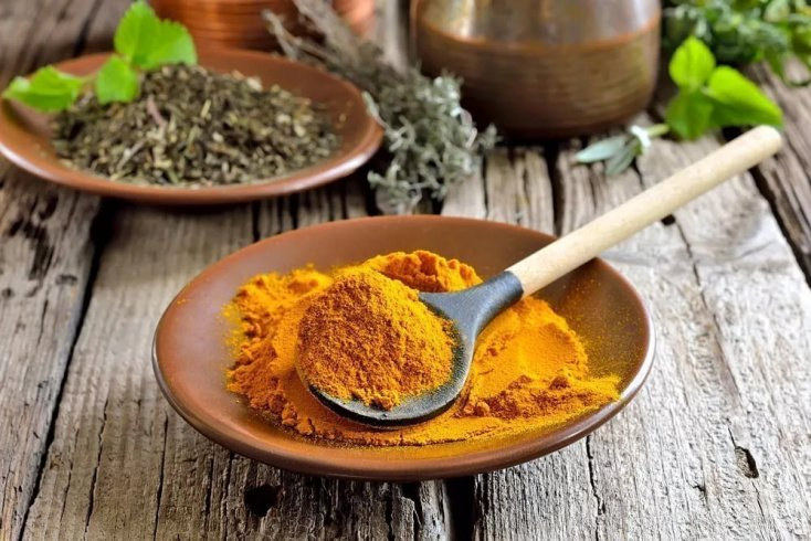 Куркума — самый частый ингредиент в рецептах красоты