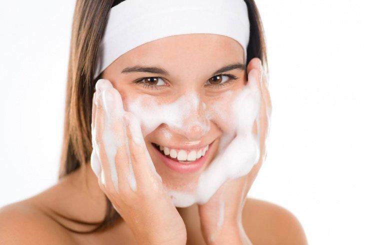 Рекомендации по нанесению масок на кожу лица