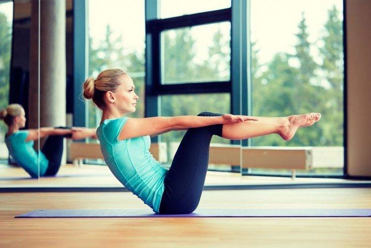 Упражнения для живота из пилатеса и йоги