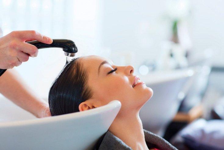 Ополаскивание волос прохладной водой