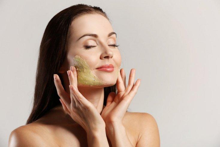 Очищение кожи — первый этап