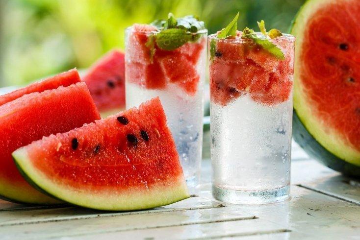 Включайте в питание богатые H2О продукты