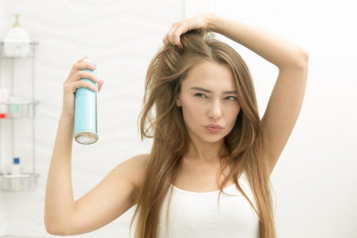 2. Лак для волос