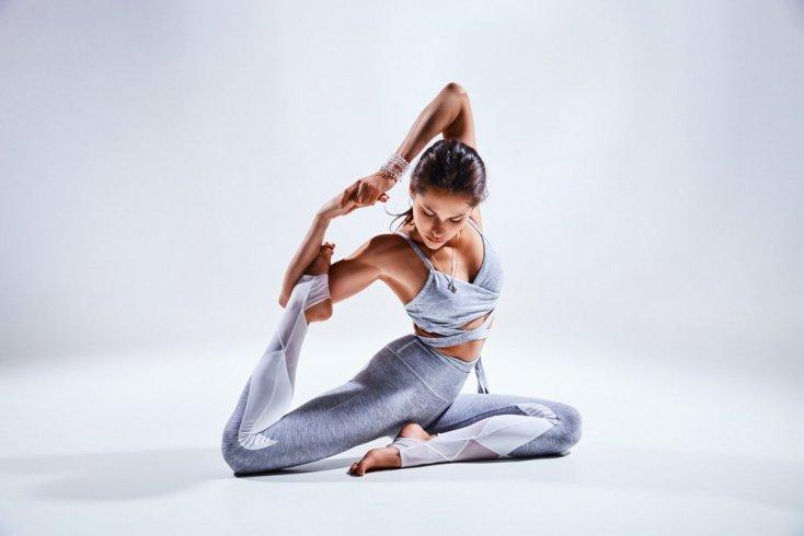 Кому противопоказаны физические упражнения йогических практик?