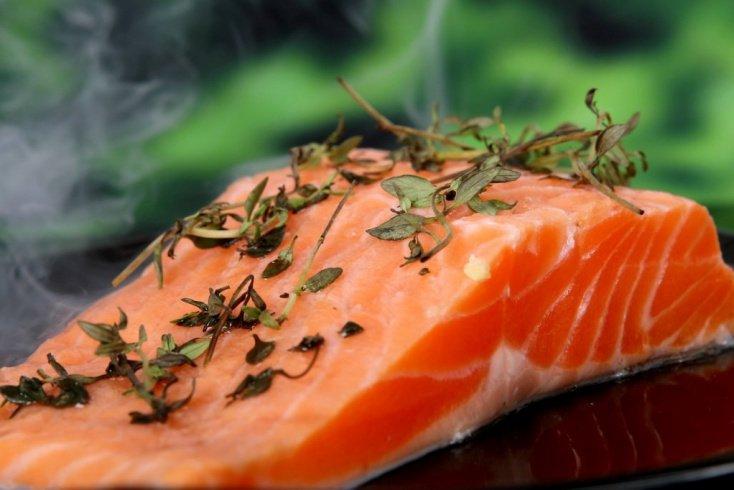 Лосось — еще один богатый метилметионином продукт питания