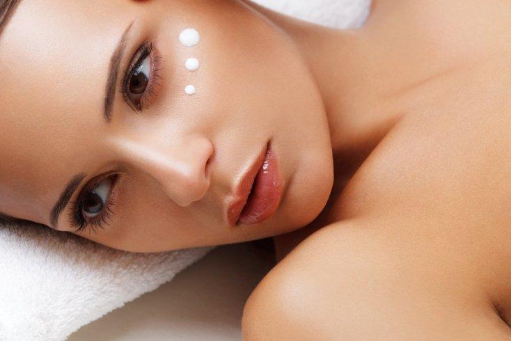 Тезис 12: Активные вещества дорогих кремов глубоко приникают в кожу, гарантируя омолаживающий эффект