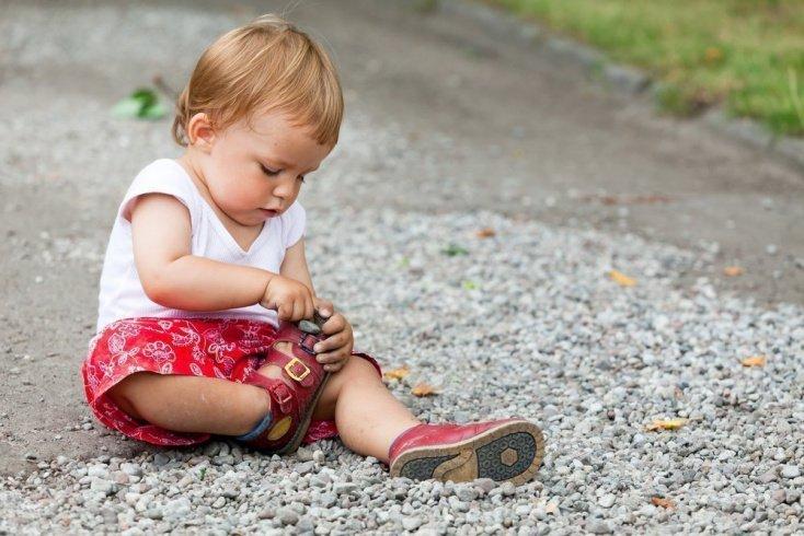 Миф 2: Врач не запрещает донашивать ортопедическую обувь за старшим братом или сестрой