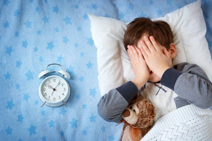 Почему дети часто просыпаются по ночам