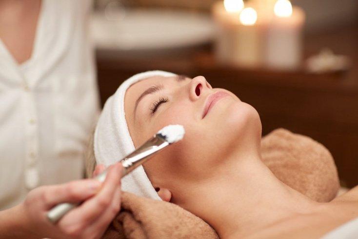 Кисточковый массаж в косметологии: показания и правила