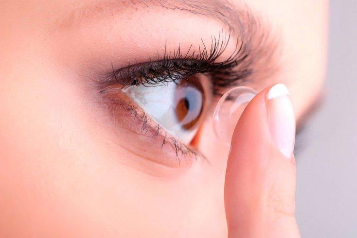 Как носить контактные линзы: правила и уход